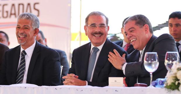 Danilo Medina entrega primeras 10 mil aulas.