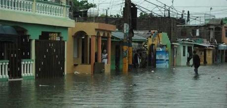 47 comunidades incomunicadas por lluvias en el Cibao