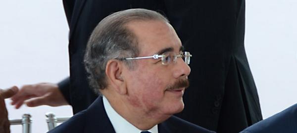 Presidente Danilo Medina confirma padece de dermatitis.