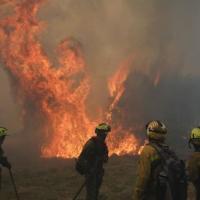 El Salvador declara alerta naranja por incendios forestales.