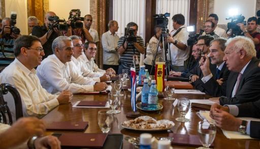 UE y Cuba buscan normalizar relaciones en paralelo a negociaciones con EEUU.