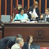 Senado aprueba proyecto de ley de fideicomiso para viviendas a bajos costos.