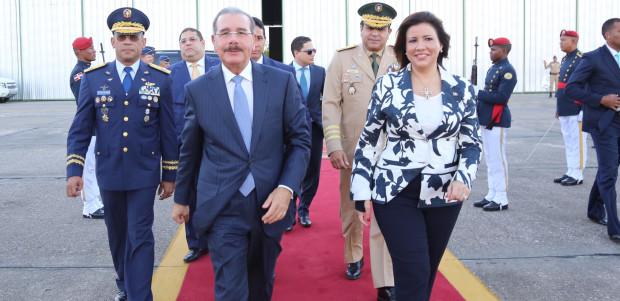 Danilo Medina sale hacia IV Cumbre CELAC en Ecuador.