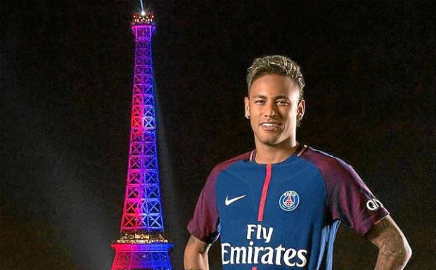 neymar-psg-presentacion-torre-eiffel-1